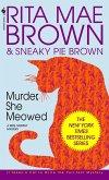 Murder, She Meowed: A Mrs. Murphy Mystery