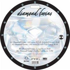 Diamond Twins - 4 Diamonds