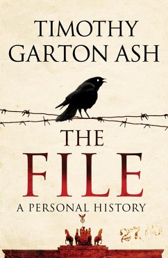 The File - Ash, Timothy Garton (Author)