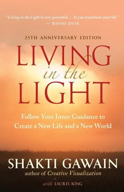 Living in the Light (eBook, ePUB) - Gawain, Shakti
