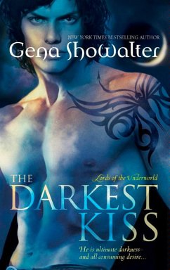 The Darkest Kiss (Lords of the Underworld, Book...