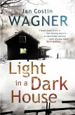 Light in a Dark House (eBook, ePUB)