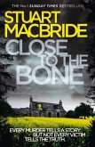 Close to the Bone (Logan McRae, Book 8) (eBook, ePUB)