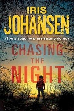 Chasing the Night (eBook, ePUB) - Johansen, Iris