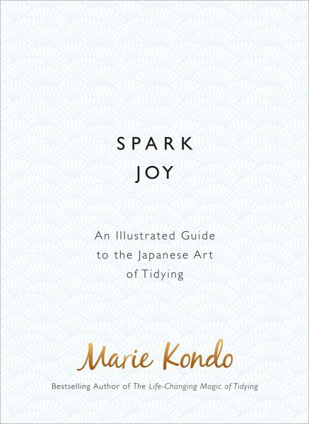 spark joy von marie kondo englisches buch. Black Bedroom Furniture Sets. Home Design Ideas