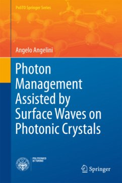 Photon Management Assisted by Surface Waves on Photonic Crystals - Angelini, Angelo