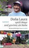 Dona Laura spielt Bingo und gewinnt ein Huhn