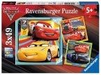 Ravensburger 080151 - Disney Cars 3, Bunte Flitzer. 3x49, Kinderpuzzle
