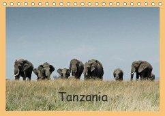 Tanzania (Tischkalender 2018 DIN A5 quer) Dieser erfolgreiche Kalender wurde dieses Jahr mit gleichen Bildern und aktualisiertem Kalendarium wiederveröffentlicht.
