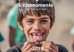 Lichtmomente - Eine Reise durch Indien (Wandkalender 2018 DIN A2 quer) Dieser erfolgreiche Kalender wurde dieses Jahr mit gleichen Bildern und aktualisiertem Kalendarium wiederveröffentlicht.
