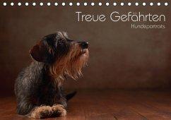 Treue Gefährten - Hundeportraits (Tischkalender 2018 DIN A5 quer) Dieser erfolgreiche Kalender wurde dieses Jahr mit gleichen Bildern und aktualisiertem Kalendarium wiederveröffentlicht.