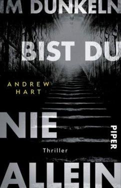 Im Dunkeln bist du nie allein - Hart, Andrew