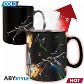 ABYstyle - Star Wars - Space Battle Thermoeffekt Tasse