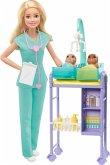 Hasbro GKH23 Barbie Kinderärztin Puppe (blond) und Spielset