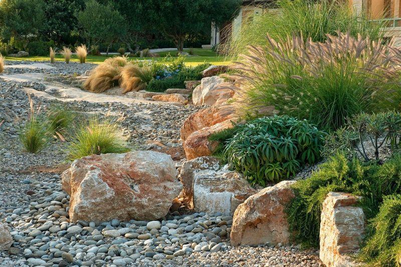 Naturstein im Garten von Peter Berg; Petra Reidel - Buch - buecher.de