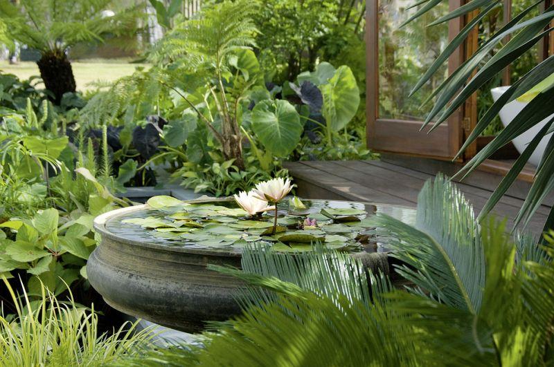 Elegant Wasser Im Garten 2